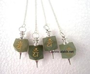 Picture of Green Aventurine Heart Chakra Engrave Pendulum