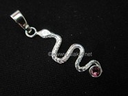 Picture of Snake with Garnet Cab 925 pendant