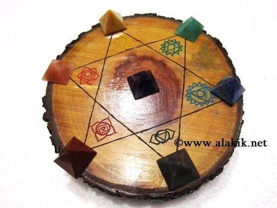 Picture of Engrave Chakra Wooden Disc with Chakra Pyramid Set